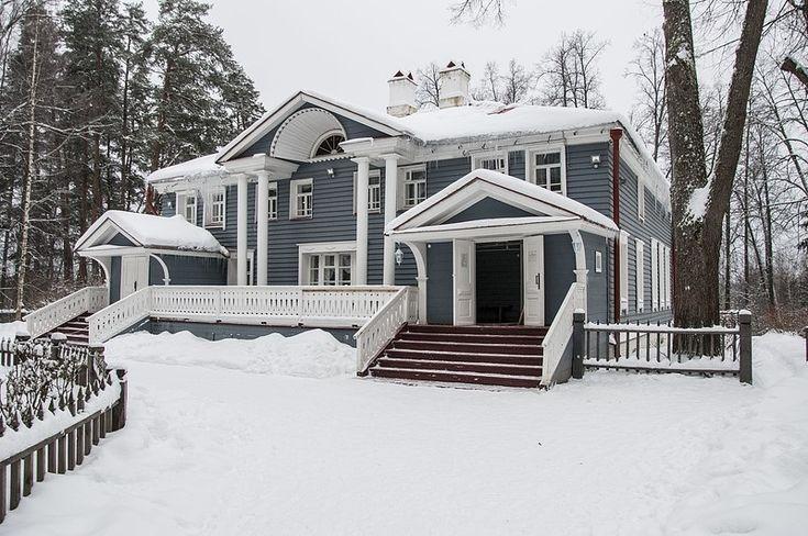 Картинки по запросу русские деревянные усадьбы