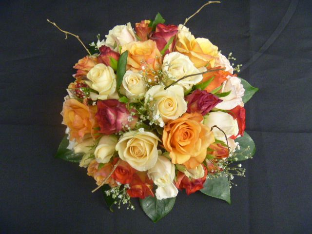 Mixed Autumn Coloured Bunch of Roses