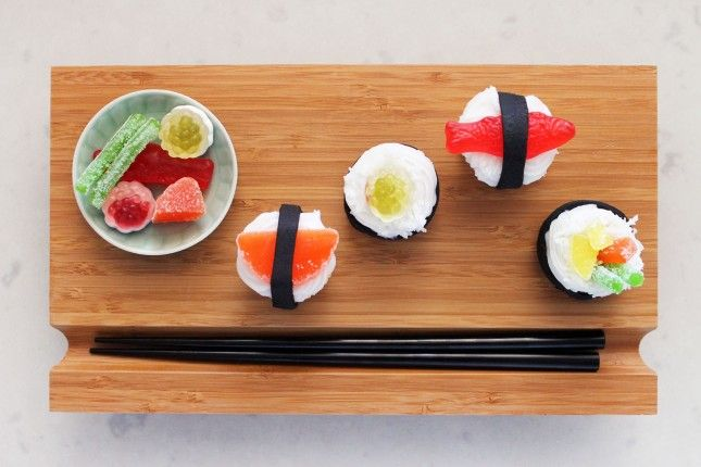 Grab Your Chopsticks: It's Sushi Cupcake Time! | Brit + Co.