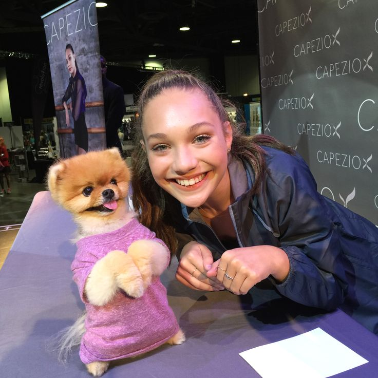 Here's an adorable treat to get you through the rest of your week... #CapezioAthlete #MaddieZiegler at Dancerpalooza with #Jiffpom!
