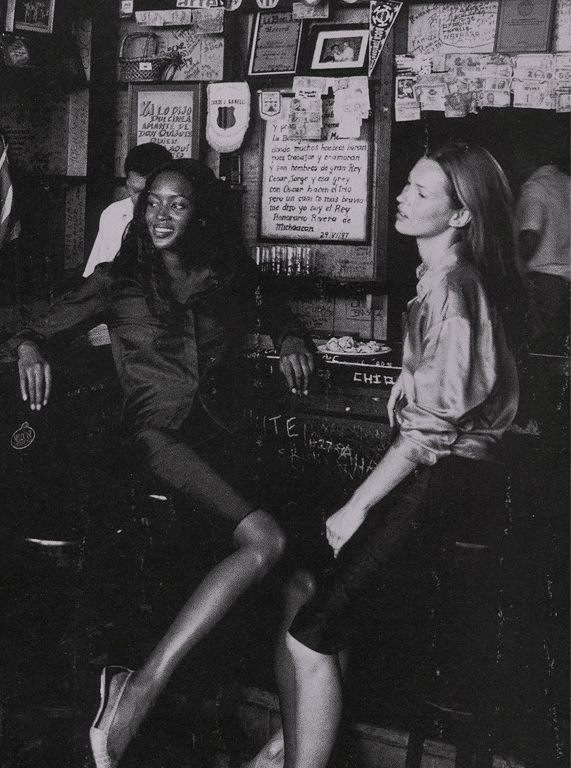 thedoppelganger:    Magazine: Harper's Bazaar US May 1998Photographer: Patrick DemarchelierModels: Naomi Campbell, Kate Moss