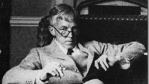 G.H. Hardy http://www.famous-mathematicians.com/g-h-hardy/