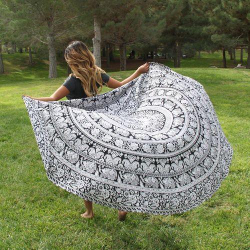 Wall Art – Black and white Mandala Round beach throw mandala – a unique product by IndianCraftPalace on DaWanda