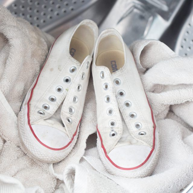 How to Wash Sneakers in a Washing Machine