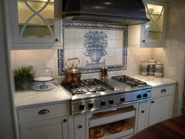 17 Best Images About Blue & White Tiled Kitchen On