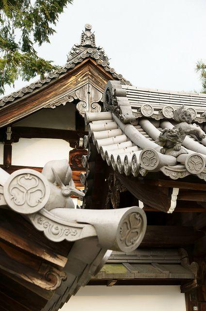 myoshinji 120505-3@kyoto   Flickr - Photo Sharing!