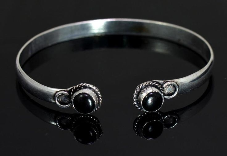 A Black Onyx Gemstone Turkish Victorian Style 925 Silver Plated Design Bracelet #krishnagemsnjewels #Bangle