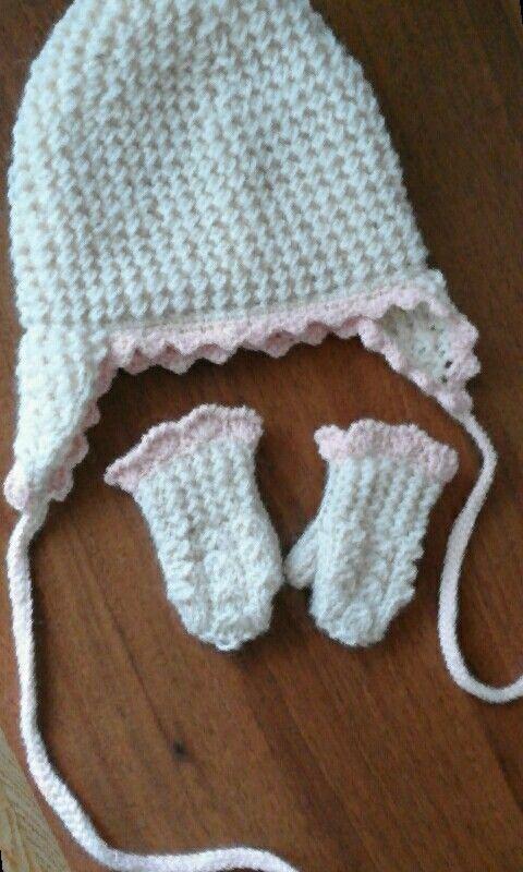 Шапочка и рукавички на малышку 1,5 - 2 годика