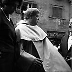 """Tino Buazzelli - 1960 on the set of """"Fantasmi a Roma"""" - by Carlo Riccardi - see more pics on http://www.archivioriccardi.it"""