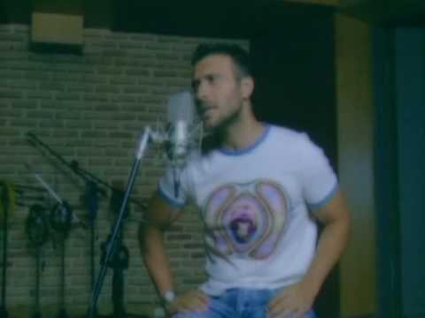Giannis Ploutarhos - Den Ine Tora Pia Edo - YouTube
