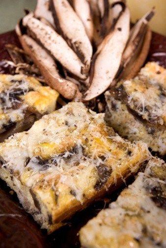 Горячая сырно-грибная закуска с тимьяном