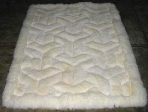 52'' x 71'' White Alpaca Rug. Y design. Genuine by incatrade