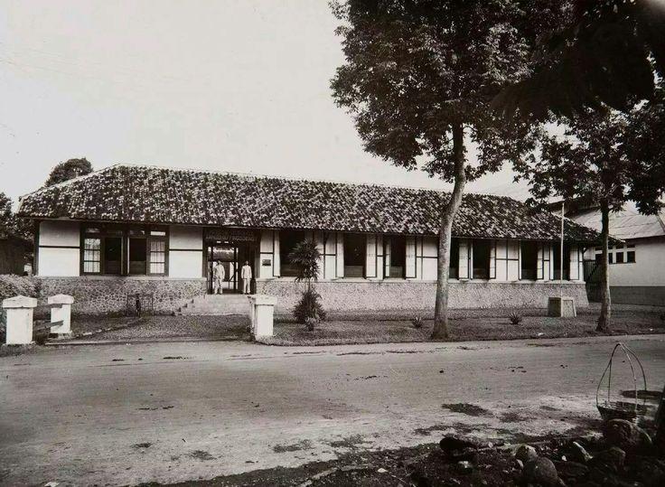 De Indische Centrale Aanschaffingsdienst (ICA) in Bandoeng. 1920-1930