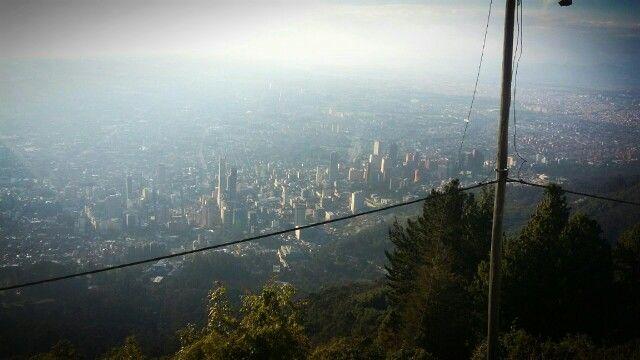 Vista de Bogota desde Cerro de Guadalupe !!!
