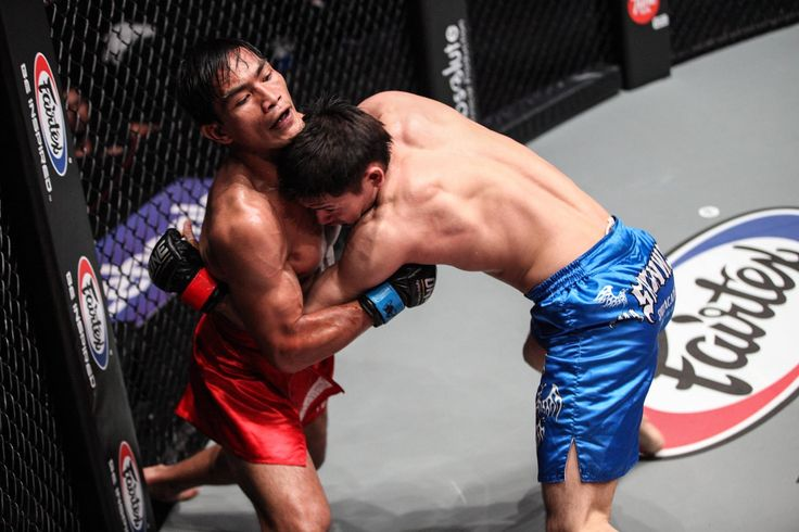 ONE Championship: Lakay fighters victorious in 'Clash of Heroes' card; Eric Kelly loses to Ev Ting - http://www.sportsrageous.com/sports/one-championship-lakay-clash-of-heroes-eduard-folayang-geje-eustaquio/5885/