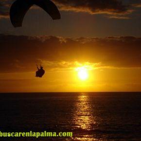 Atardecer en la playa Puerto Naos Isla de #LaPalma #canarias - Foto Moisés Pérez García