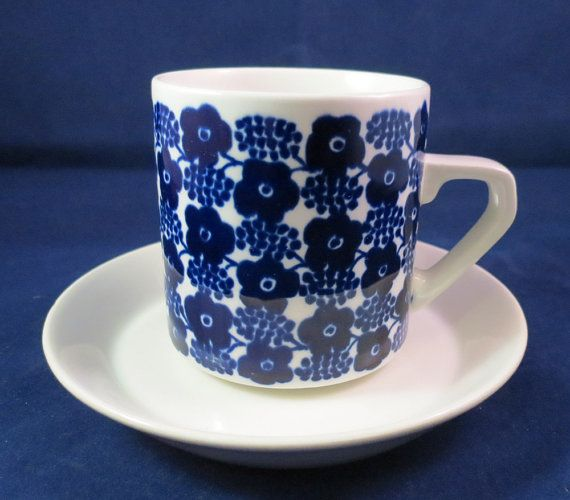 Arabia of Finland Rypäle Grapes coffee cup by Nordicvintagedesigns