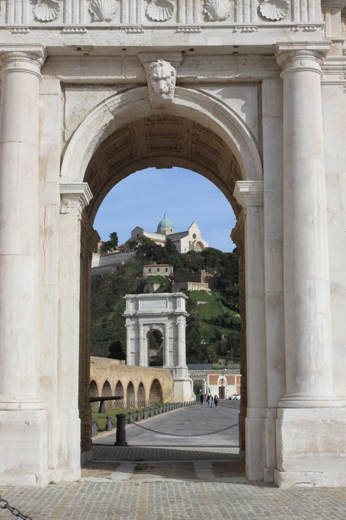Ancona, Marche, Italy - Arco Clementino, Arco Traiano, Cattedrale   Foto by Celo Risi