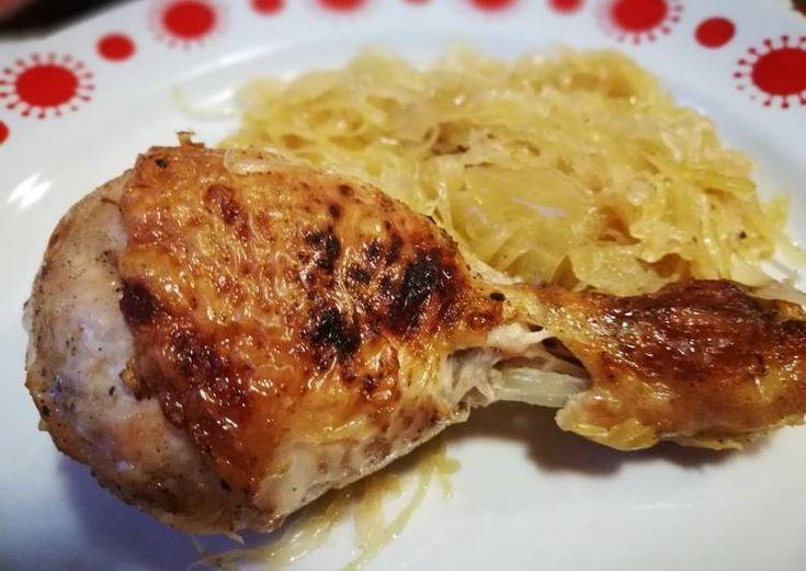 Sült csirkecomb savanyú káposztával