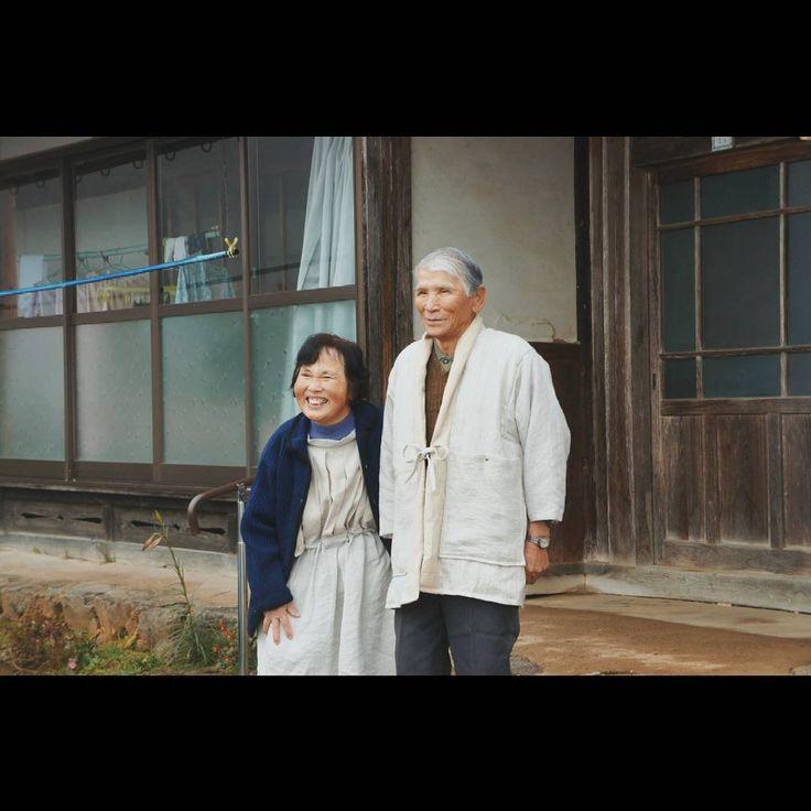"232 Likes, 1 Comments - i a i (@taikiiai) on Instagram: ""Proof of life ""seikatsu no hana""  手のいきとどく 村の生活衣。  実際に着てくれている姿をみるという 心のゆたかさ。  #iai #life #village…"""
