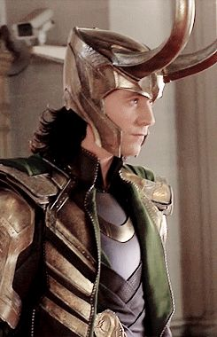 Loki excites the building in Stuttgart ( behind the scenes angle ) in The Avengers