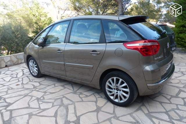 CITROEN PICASSO 5 places 110 ch HDI