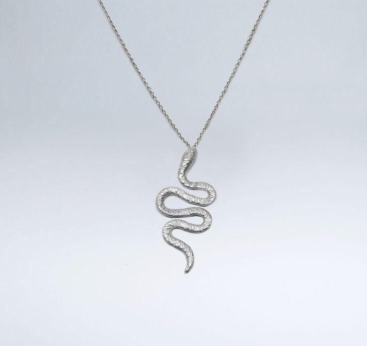 Fio Cobra pequena em Prata +info: joias.she@gmail.com