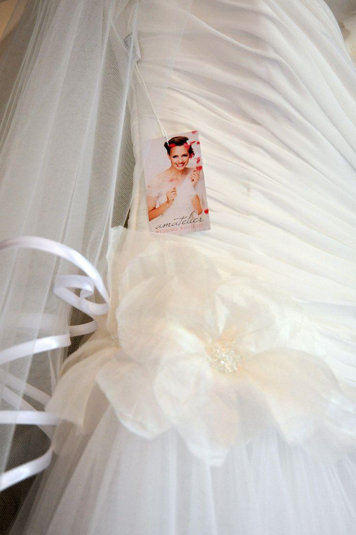 L'abito da sposa e non solo www.amatelier.com T 08281992372