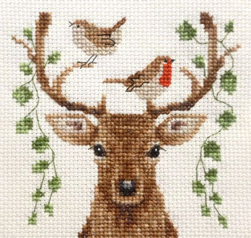 DEER-Reindeer-Christmas-Robin-Full-counted-cross-stitch-kit-all-materials