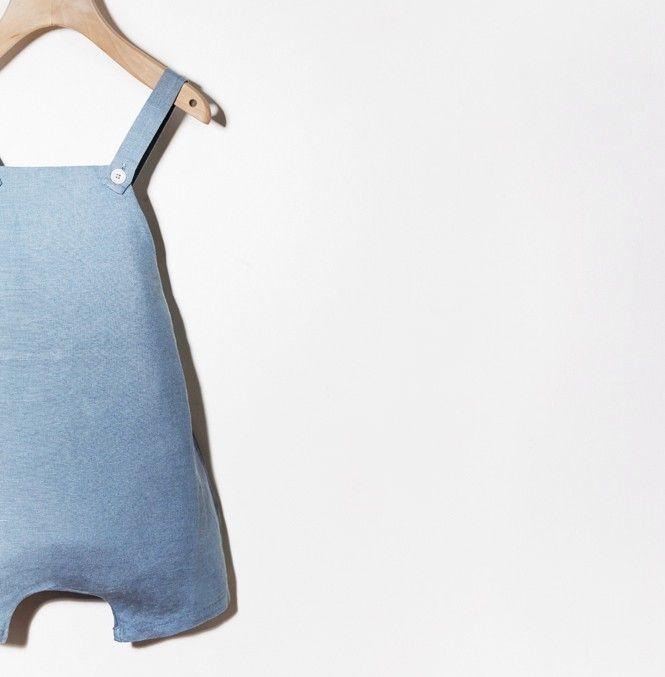 Woopeye abbigliamento per bambini, Neonato baby light blue linen romper babe&tess #babeandtess   http://www.woopeye.com/shop-1170-tutina-neonato-azzurra-in-lino-cotone-.html