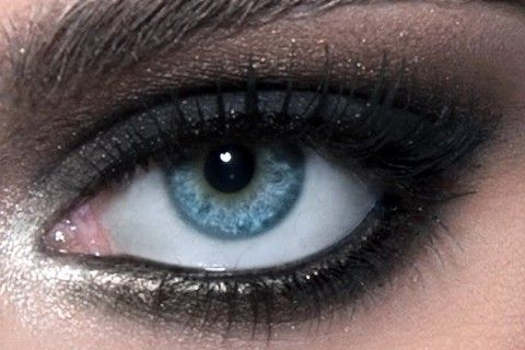 Party makeup, party look, stunning smokey eye look. See the tutorial how to make the smokey eyes >>>  http://justbestylish.com/party-makeup-smokey-eye-look/