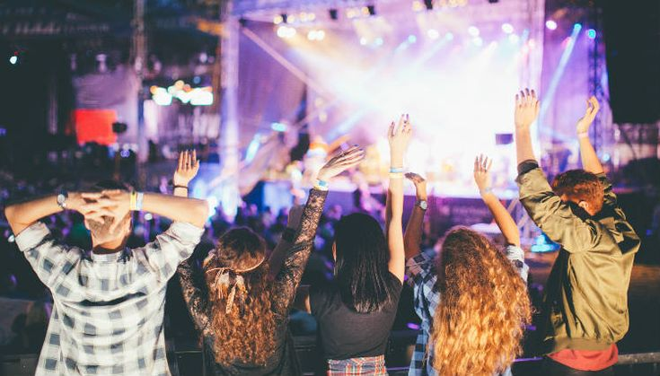 Festivales de música que no debes perderte en 2018 | 15a20 || Festivales de música que no debes perderte en 2018 ¡Tomen todo nuestro dinero! Foto: iStock 2017-12-15 | Autor : Marilú Morales Se acerca un año emocionante para la música en México, no solo por los geniales conciertos que tendremos -como el de Bruno Mars, por ejemplo- sino que también, los line up de los distintos festivales de música durante…