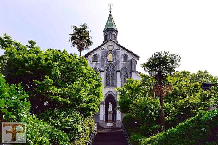 Church hopping in Nagasaki.