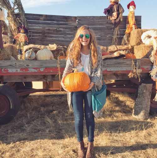 Northern Preppy Girl | prep | Fall winter outfits, Pumpkin ...
