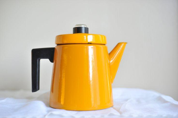 Vintage Mustard Yellow Antti Nurmesniemi Finel Coffee Pot. $100.00, via Etsy.