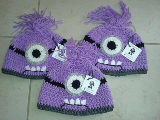 Hat crochet minion evil