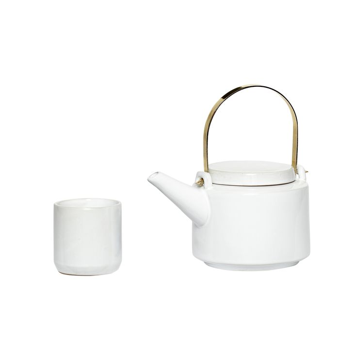 White ceramic teapot with 5 cups. Product number: 640113 - Designed by Hübsch