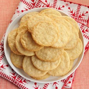 Vanilla Wafer Cookies;1/2c butter(soft),1c sugar,1 egg,1tbs vanilla extrace,1 1/2c flour,3/4 tsp baking powder,1/4 tsp salt.Mix butter/sugar til fluffy, add egg/vanilla, then dry ingredients. Bake 12-15min at 350.