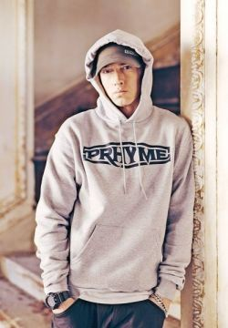 Eminem diz que superou vício em drogas fazendo corrida #Novo, #Rapper, #Reabilitação, #Sucesso http://popzone.tv/eminem-diz-que-superou-vicio-em-drogas-fazendo-corrida/