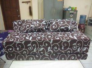 Sofabed abstrak besar uk 120