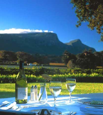 Cape Winelands Lunch #CapeCadogan #CapeCadoganTours #ExploreCapeTown #Winelands