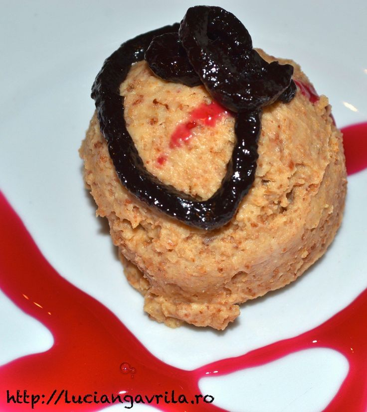 Mousse Mascarpone with Amaretto biscuits and chocolate sauce