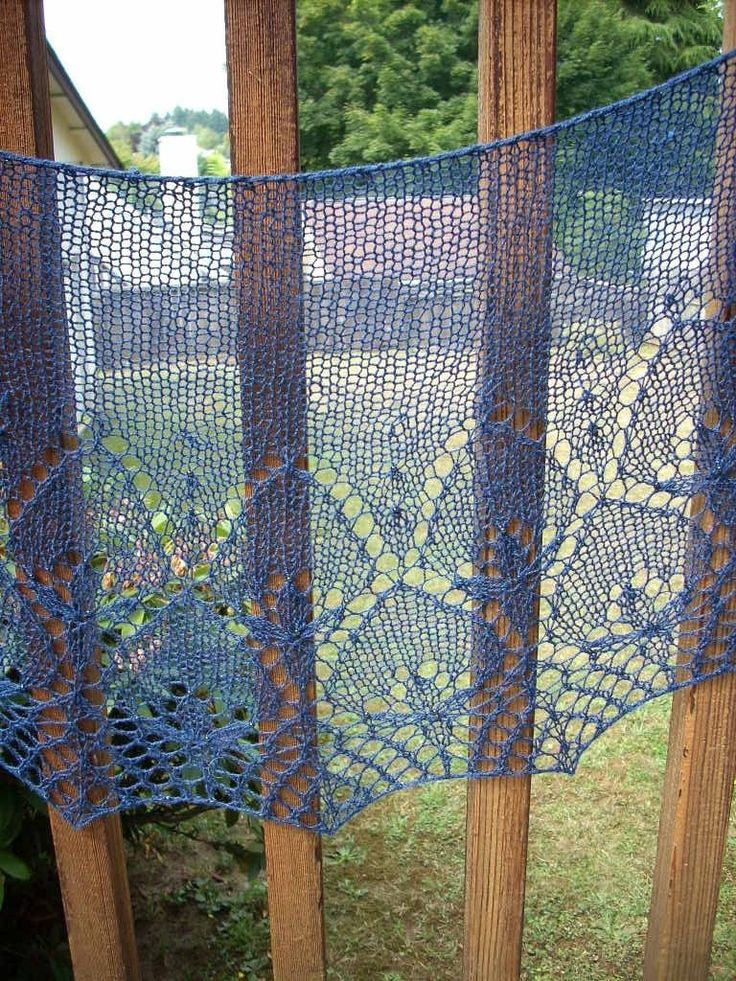 Winter Lilies Shawl, SusannaIC pattern to buy, find on ravelry