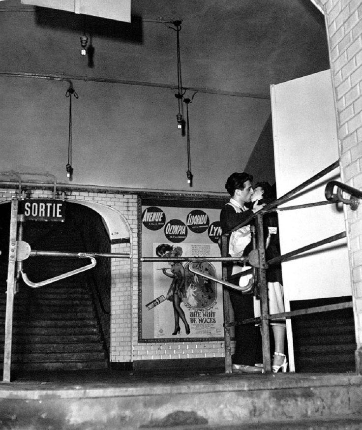 Izis Bidermanas Paris 1940s