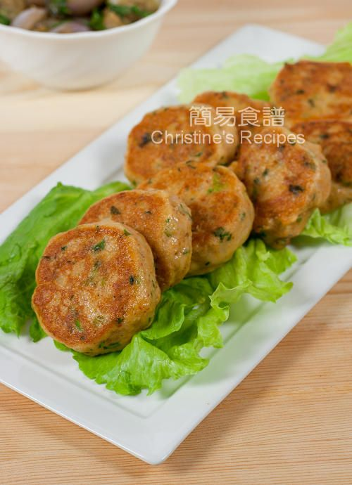 Thai Curry Fish Cakes - 2P+/4 servings (Didn't have kaffir leaves, used 1/3 lime zest)