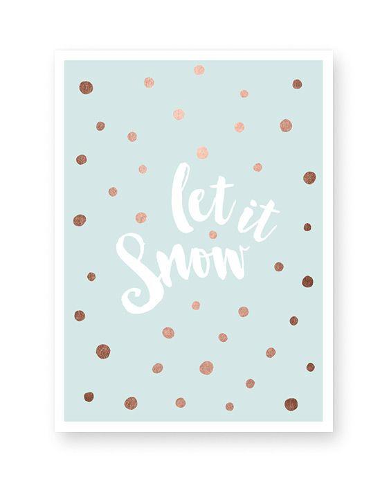 Weihnachten Text Poster - Let it Snow - Pastel Blau - Jetzt selber online personalisieren. Winter Poster zu Weihnachten selbst gestalten bei Printcandy   ✓ Große Auswahl ✓ verschiedene Formate ✓ Gratisversand ✓Sicher bezahlen ✓Freundlicher Service