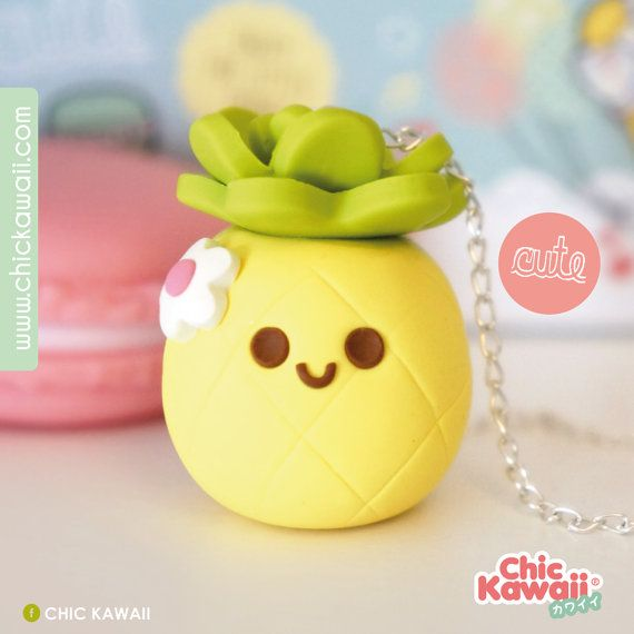 Piña Pineapple kawaii polymer clay fimo collar.