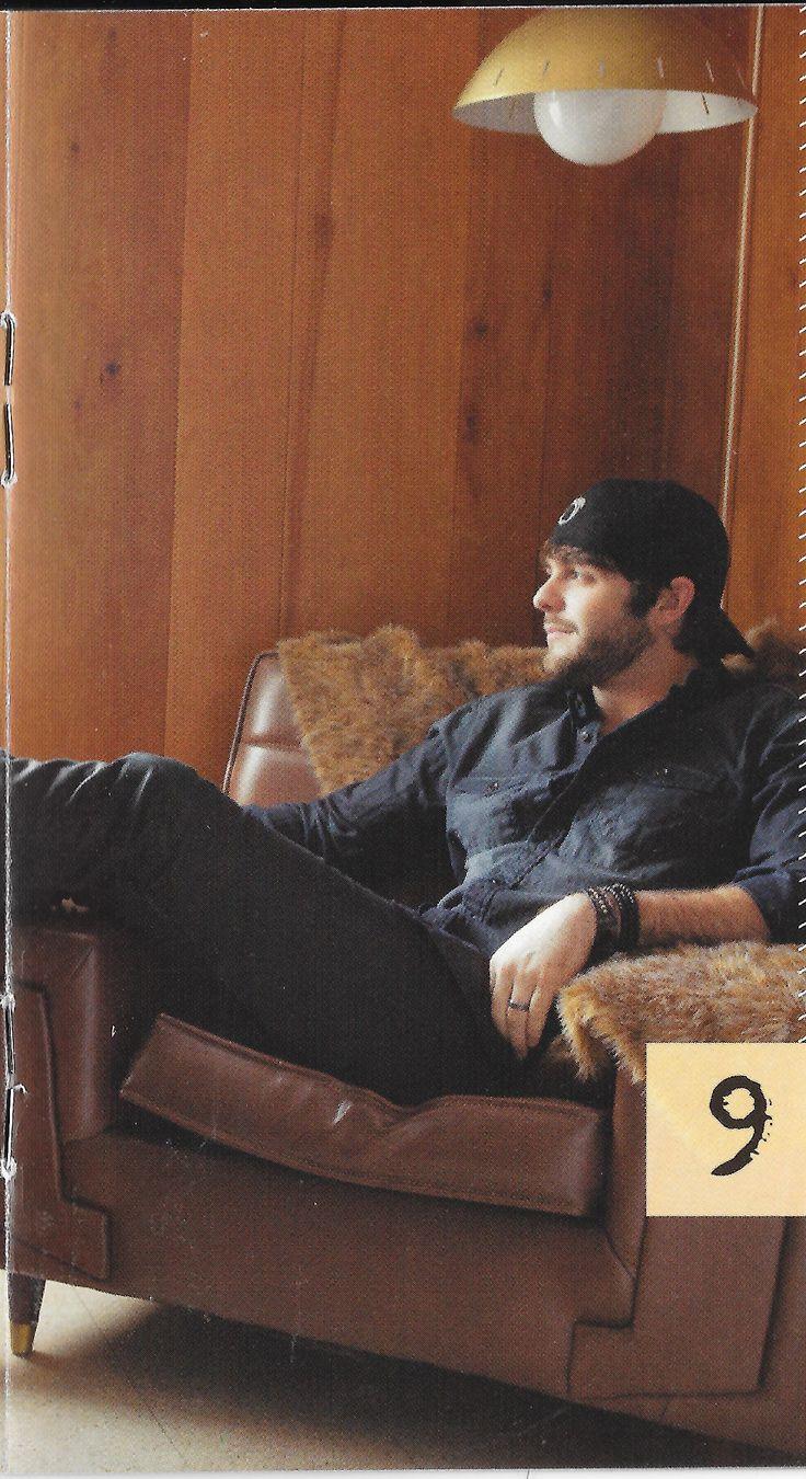 Thomas Rhett maxin & relaxin