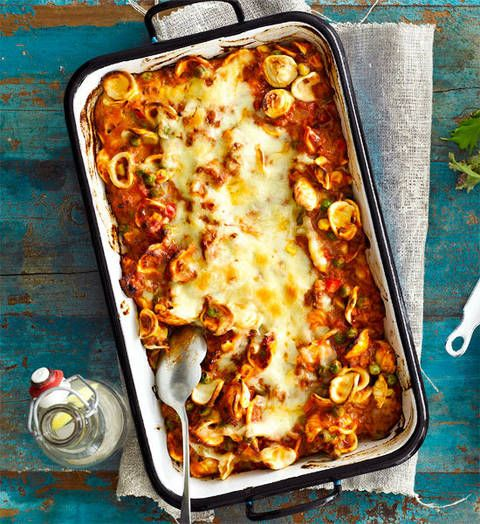 Baked cheesy beef pasta: This cheesy beef pasta bake is sure to keep the troops satisfied.