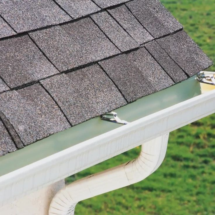 Did You Know That Your Homeowner Insurance Covers The Damage To Your Roof After In 2020 Cleaning Gutters Shingle Colors How To Install Gutters